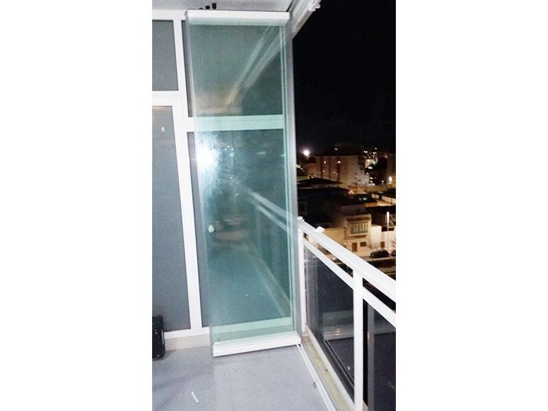 Cortina de vidrio C